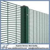 中国の専門の塀の工場はパネルを囲う高い安全性に反上る