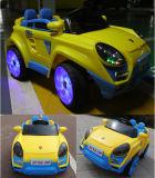 Paseo teledirigido del mecanismo impulsor doble en el coche eléctrico 12V del juguete