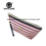 La mode de dames barre le sac cosmétique de déplacement de cuir d'unité centrale de logo en métal