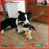 柔らかい鶏のプラシ天のきしむ音ペットアクセサリによって詰められる犬のおもちゃ