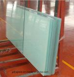 Ужесточен и ламинированные лестница из стекла