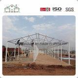 Structure en acier à faible coût de construction préfabriqués sandwich que l'école/bureau/logement/travailleurs Camp