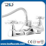 Robinet de mélangeur de robinet à paire chromée Robinet de bain à lavabo à usage facile