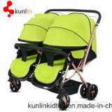 Carro de bebê gêmeo