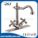 Faucet раковины ручек смесителя кухни ванной комнаты латунным почищенный щеткой никелем двойной