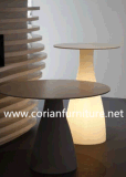 Backlit 접수처의 둘레에 새겨지는 Corian LED