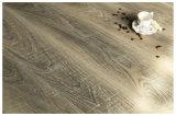 plancher stratifié de User-Résistance environnemental de 12 millimètres avec la norme E0