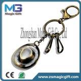 Qualität fertigen Metalschlüsselring mit antiker Vergoldung kundenspezifisch an