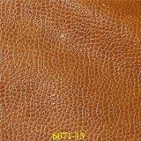 Material PU zapatos de moda con el clásico de cuero de grano de la piedra brillante