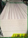 Les panneaux de particules stratifié avec le format de papier en mélamine de 1220x2440x18mm