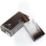 50mlケルンはよいに香りをつけ人の構成のための香水をかぐ