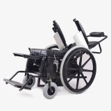 China Supplier Topmedi Medical Equipment Semi-Automatic Stand up Wheelchair