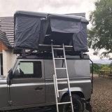 星のカによっては販売のための自動堅いシェルの屋根の上のテントが現れる