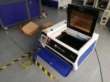 Machine van de Gravure van de laser de Scherpe voor AcrylKristal 4030 van het Leer