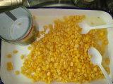 Les conserves de maïs sucré frais ensemble le maïs doux
