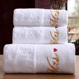 贅沢によってカスタマイズされる刺繍の綿のホテルの浴室タオル