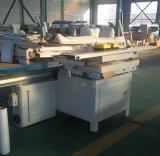 Le travail du bois de coupe scie à panneaux de précision de la machine
