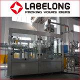 Бутылка минеральной чистой воды машина питьевой жидкости завод