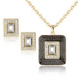 El cuadrado único del diseño formó el conjunto cristalino de la joyería de la manera del oro 18K