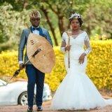 2020 Afrikaner-Weinlese-Spitze-Nixe-Land-Hochzeits-Kleid plus Größen-reizvolle blosse lange Hülsen-Brautkleider Vestido De Novia