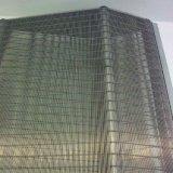 Parete e rete metallica decorativa usata costruzione