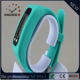 2017 Pratique LED de mode Bracelet Bracelet montre de sport de podomètre avec le logo du client