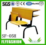 Conjuntos del escritorio y de la silla de la sala de clase de la universidad plegables los escritorios y el banco de madera de la universidad de la conferencia