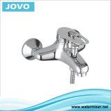 Robinet de baignoire contemporain avec finition chromée 72705 JV