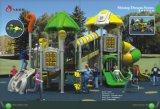 Spielplatz-Gerät der Haus-Kinder im Vergnügungspark