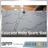 卸売価格のCalacatteの白い台所水晶カウンタートップの平板