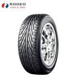 O triângulo ostenta o pneumático Tr967 235/45r17 245/40r18 do carro de UHP