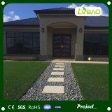 Alta qualidade com grama artificial de vista natural para ajardinar