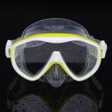 Um pedaço de silicone líquido máscara de mergulho