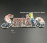 Piccolo ferro di motivo del Rhinestone di Hotfix di sorriso sul Applique delle zone per il vestito dai sacchetti del pattino (St-Sorridere)