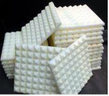 Prodotto della gomma piuma della piramide