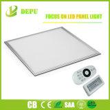 LEDのパネルライト2X2 - 4、000の内腔- 40W Dimmableの低下の天井によって引込められる台紙の照明灯