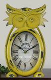 Antigüedades decorativas Vintage Buho amarillo Metal forma de reloj de mesa