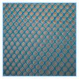 Verschiedene Farben des Plastikineinandergreifens