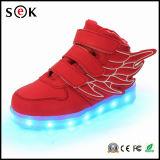 Киец ягнится ботинки крыла СИД ангела ботинок игр светлые