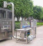 Le bouchon de se nourrir et machine à laver