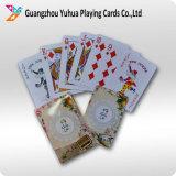 De Plastic Speelkaarten die van de douane Speelkaarten adverteren