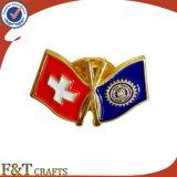 昇進のギフトのフラグの折りえりPinカスタムメタルピンのバッジの紋章