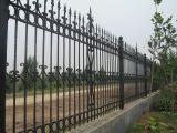 Cerca ao ar livre decorativa do ferro feito