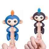 Jouet interactif heureux de singe de bébé avec le singe heureux de stand d'amélioration pour l'usine directe