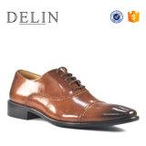 2018 итальянского бизнеса новой конструкции кожаную обувь одежда для мужчин зерноочистки