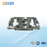 Accoppiamento rivestito nero di alluminio del tubo del macchinario di CNC di alta precisione dell'OEM