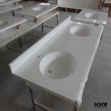 Baumaterial-kundenspezifische feste weiße Eitelkeits-Oberflächenoberseite mit Wanne