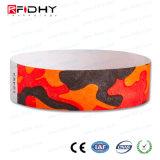 Crear el Wristband de Tyvek para requisitos particulares RFID para marcar