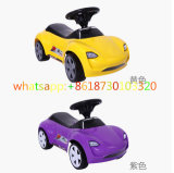 Giro dell'oscillazione dei capretti di Lier sull'automobile dell'oscillazione del bambino dei giocattoli