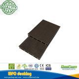 Holle Antiseptische Natuurlijke Houten Plastic Samengestelde Decking/Bevloering met de Prijs van de Fabriek
